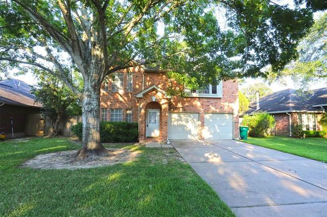 4333 Spoonbill Drive, Seabrook, TX 77586 (MLS #9004828) :: The Freund Group