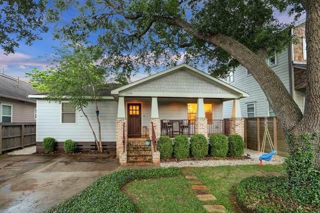 1208 Walton Street, Houston, TX 77009 (#90102800) :: ORO Realty