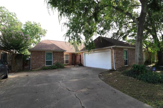 13819 Walnut Hollow Lane, Houston, TX 77082 (MLS #9016950) :: The Heyl Group at Keller Williams