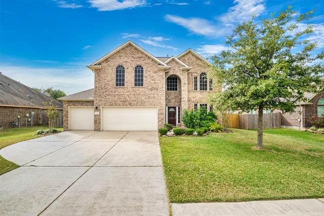 9115 Cotton Bend, Mont Belvieu, TX 77523 (MLS #90181146) :: Michele Harmon Team