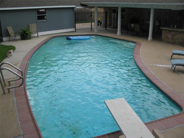 15518 Baybrook Drive, Houston, TX 77062 (MLS #90220778) :: Texas Home Shop Realty