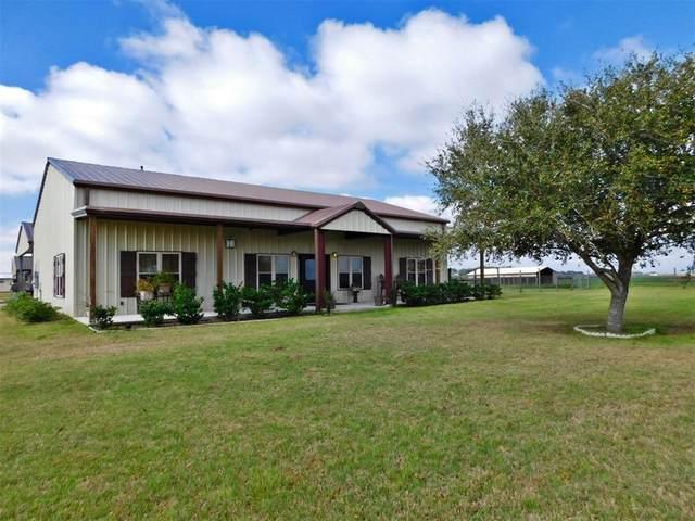 4066 Twin Oaks Lane, Sealy, TX 77474 (MLS #90255741) :: Bay Area Elite Properties