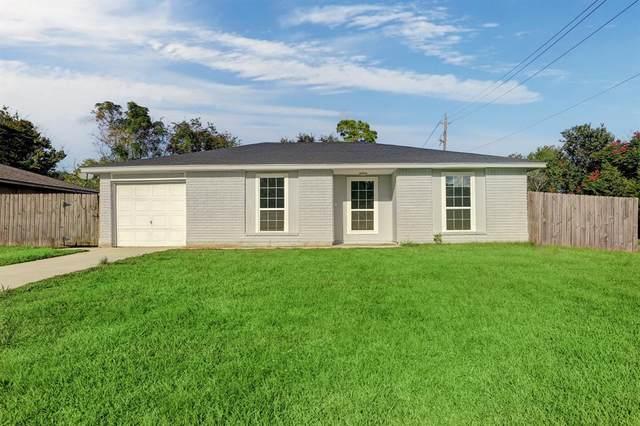 16739 Forest Bend Avenue, Friendswood, TX 77546 (MLS #9034770) :: Caskey Realty