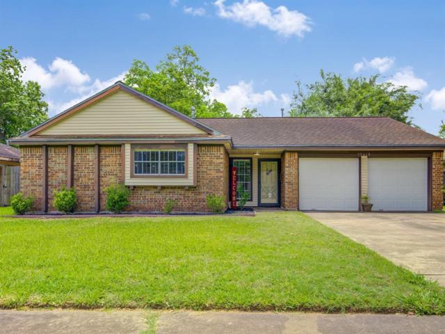 15610 La Casa Lane, Houston, TX 77062 (MLS #90361895) :: Texas Home Shop Realty