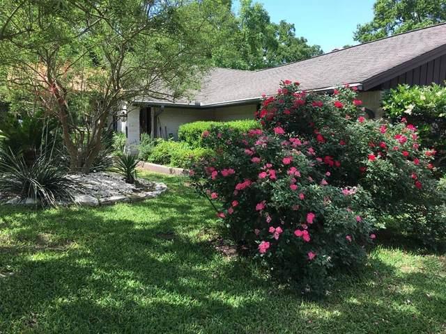 2105 Quail Hollow Drive, Bryan, TX 77802 (MLS #90398193) :: Lerner Realty Solutions