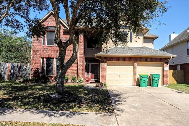2502 Sand Bar Court, Seabrook, TX 77586 (MLS #90416490) :: Bay Area Elite Properties