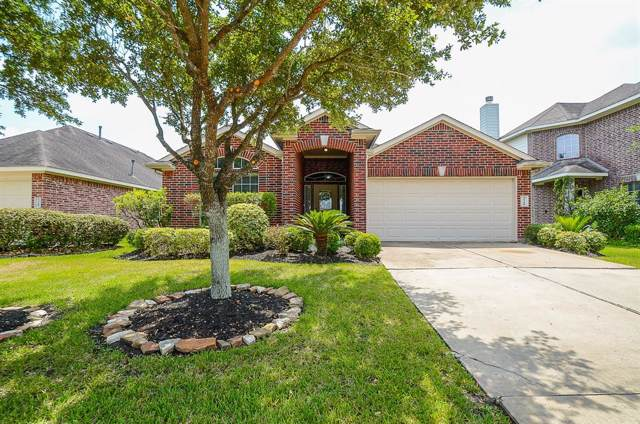 13106 Rippling Creek Lane, Pearland, TX 77584 (MLS #90464560) :: Christy Buck Team