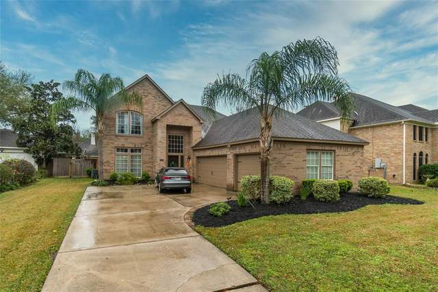 120 S Laguna Pointe Drive, League City, TX 77573 (MLS #90490205) :: Christy Buck Team