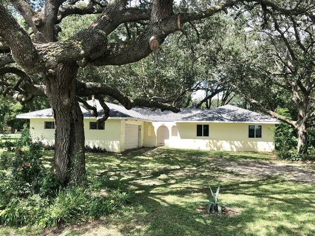 128 County Road 698A, Angleton, TX 77515 (MLS #90490956) :: The Freund Group