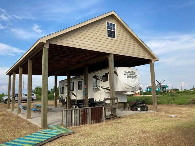 78 S Shore Street, Sargent, TX 77414 (MLS #90624978) :: The Andrea Curran Team powered by Compass