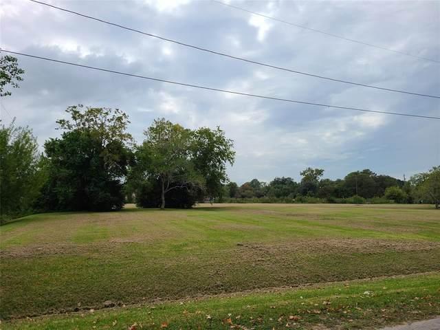 2816 3rd Street, Bay City, TX 77414 (MLS #90638976) :: Green Residential