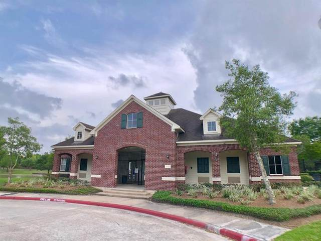 5027 Dunstable Manor Lane, Rosharon, TX 77583 (MLS #9073917) :: The Sansone Group