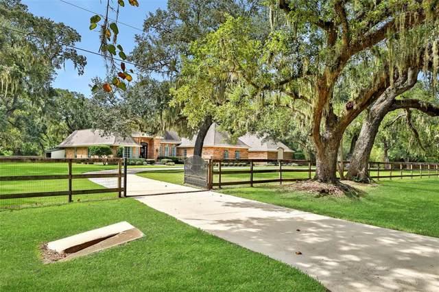 119 Bayou Road, Lake Jackson, TX 77566 (MLS #90834568) :: The SOLD by George Team