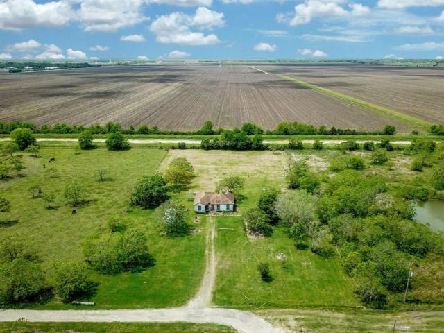 1107 County Road 62, Rosharon, TX 77583 (MLS #90841225) :: The Home Branch
