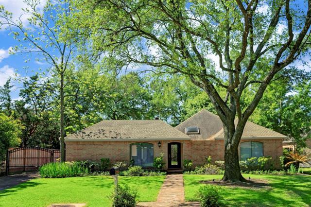 8601 Cedarspur Drive, Spring Valley Village, TX 77055 (MLS #90951381) :: Texas Home Shop Realty