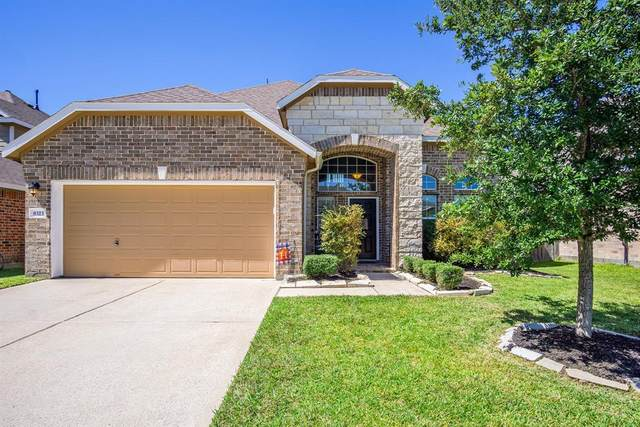 8323 Hampton Bay Drive, Baytown, TX 77523 (MLS #90967893) :: The Freund Group