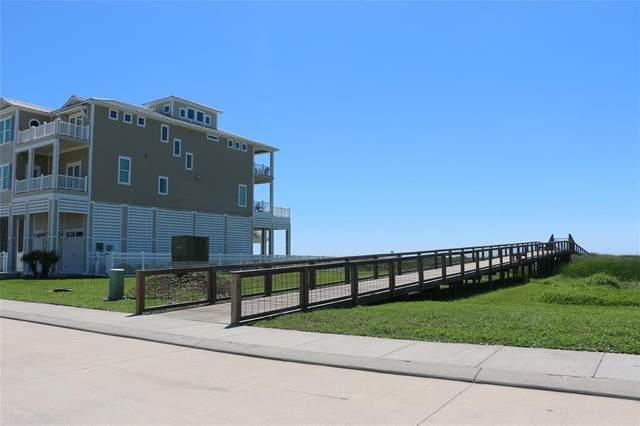 21 Grand Beach Boulevard, Galveston, TX 77550 (MLS #90969916) :: The Bly Team