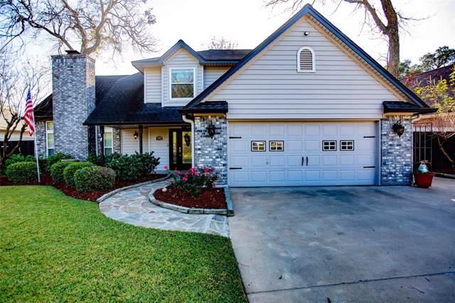 103 Waterlily Street, Lake Jackson, TX 77566 (MLS #90979827) :: The SOLD by George Team