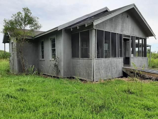 300 Turner Rd, Beaumont, TX 77713 (MLS #90986025) :: Caskey Realty