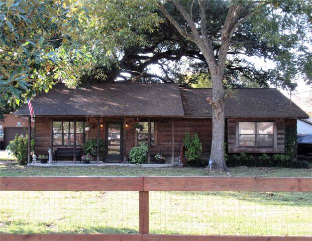 108 Elm Street, Highlands, TX 77562 (MLS #90992992) :: The SOLD by George Team
