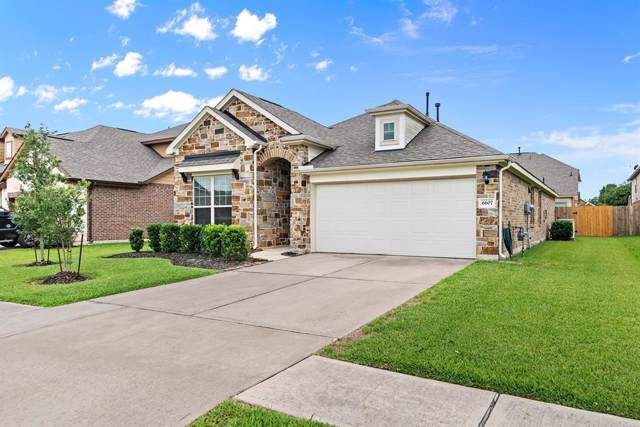6607 Hunters Way Lane, Baytown, TX 77521 (MLS #90999329) :: Texas Home Shop Realty