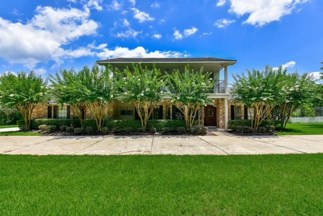 605 Sun Park Drive, Friendswood, TX 77546 (MLS #91107113) :: The Bly Team