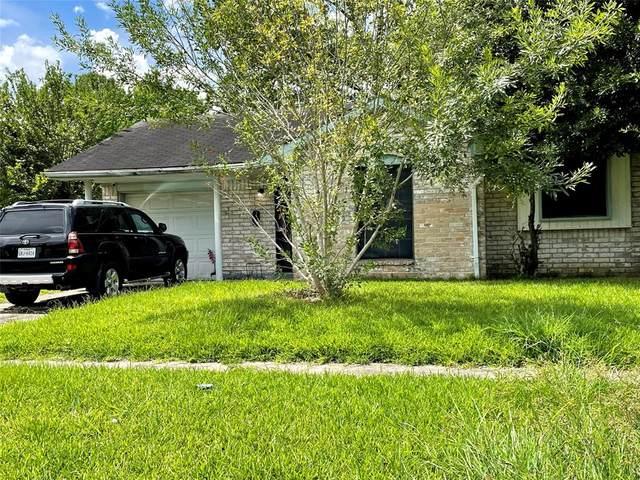 11810 Bay Cedar Drive, Houston, TX 77048 (MLS #91129626) :: The Wendy Sherman Team
