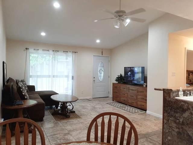 17331 Red Oak Drive #50, Houston, TX 77090 (MLS #9124992) :: Caskey Realty