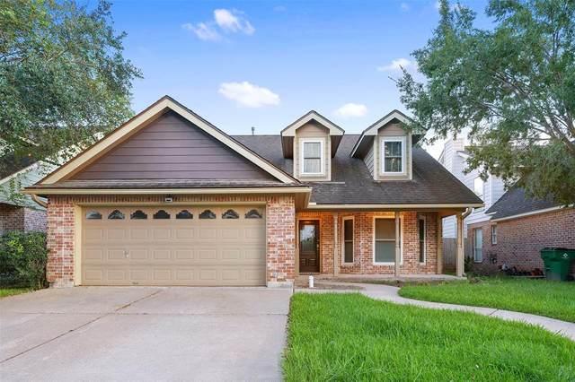 612 Prairie Lane, Angleton, TX 77515 (MLS #91305262) :: The Bly Team