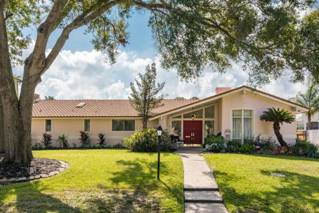 2006 Sea Cove Court, Nassau Bay, TX 77058 (MLS #91361549) :: The SOLD by George Team