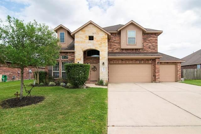 11722 Eagle Ridge Drive Drive, Mont Belvieu, TX 77535 (MLS #91404325) :: Caskey Realty