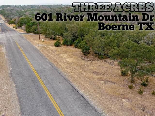 601 River Mountain Drive, Boerne, TX 78006 (MLS #91425333) :: The Parodi Team at Realty Associates