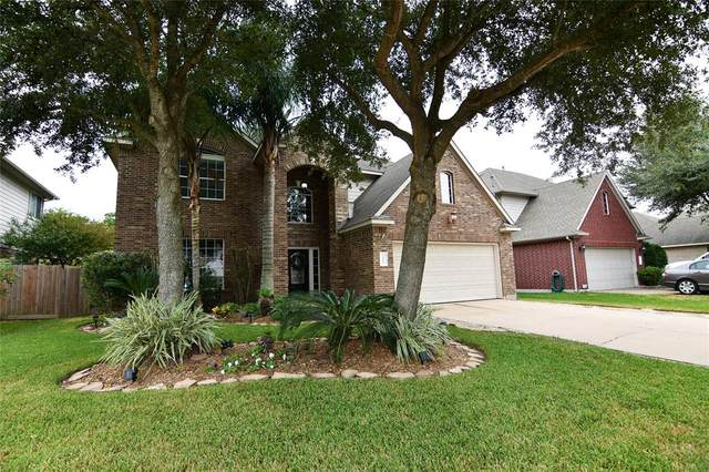 2408 Appian Way, Pearland, TX 77584 (MLS #91457506) :: Michele Harmon Team