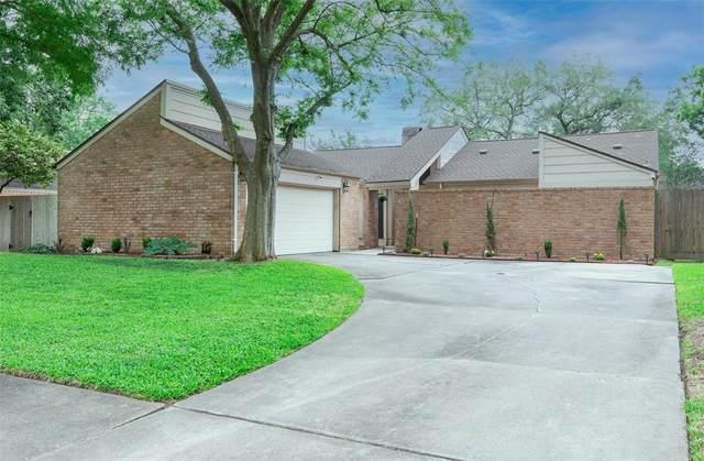 16306 Locke Haven Drive, Houston, TX 77059 (MLS #91464391) :: Michele Harmon Team