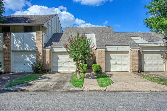 1825 Veranda Drive, West Columbia, TX 77486 (MLS #91478949) :: Bray Real Estate Group