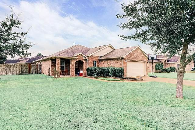 9215 Creekside Court, Hitchcock, TX 77563 (MLS #91549396) :: The SOLD by George Team