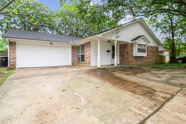 1109 Bayou Drive, Alvin, TX 77511 (MLS #91564303) :: The Freund Group