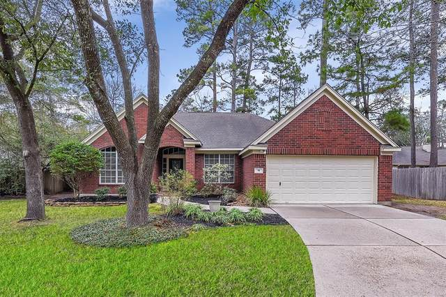 19 Sweet Birch Place, The Woodlands, TX 77382 (MLS #91628830) :: NewHomePrograms.com