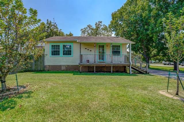 419 E Bayshore Drive, San Leon, TX 77539 (MLS #91711976) :: Caskey Realty