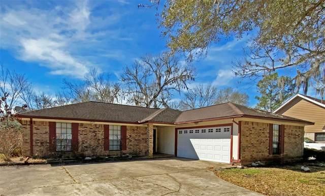 311 Raintree Lane, Lake Jackson, TX 77566 (MLS #91817071) :: The Property Guys
