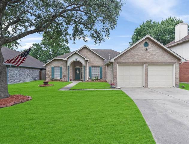 7331 Oak Walk Drive, Humble, TX 77346 (MLS #91907046) :: The Parodi Team at Realty Associates
