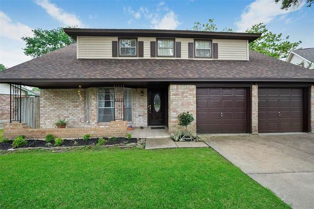 9731 Springmont Drive, Houston, TX 77080 (MLS #91919083) :: Michele Harmon Team