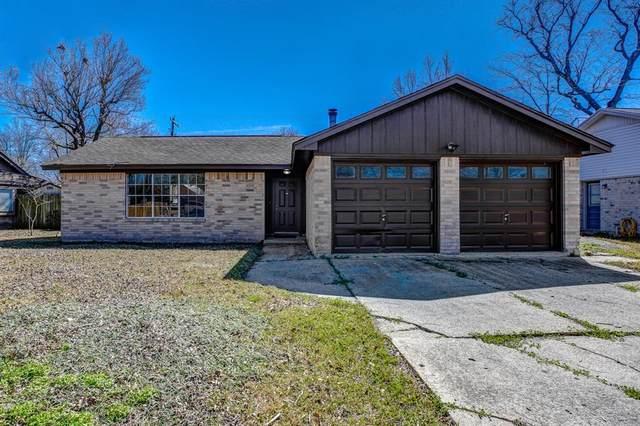 415 Highland Woods Drive, Highlands, TX 77562 (MLS #91925475) :: The Parodi Team at Realty Associates
