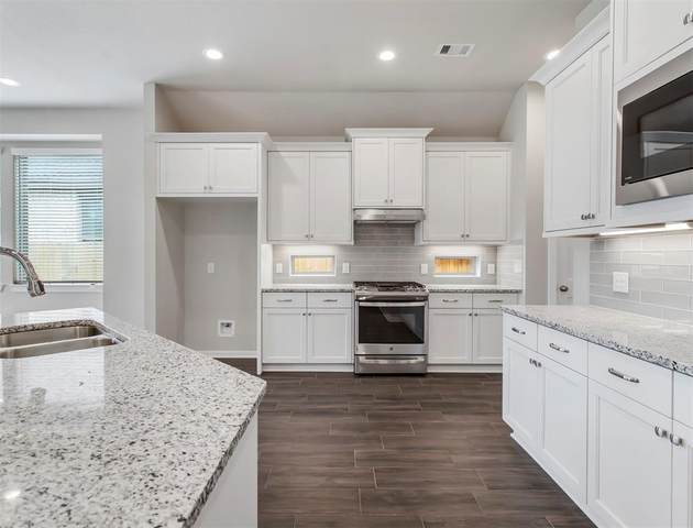 4726 Monarch Bend Lane, Rosenberg, TX 77469 (MLS #91962658) :: Lerner Realty Solutions