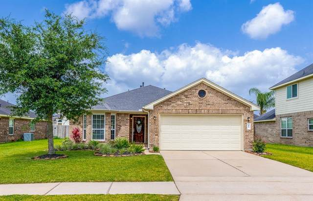 11 Mira Loma Drive, Manvel, TX 77578 (MLS #92003931) :: The SOLD by George Team