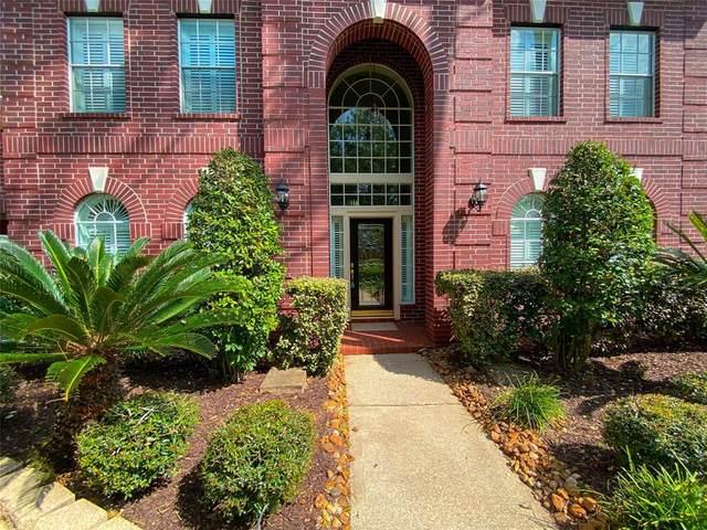 4711 Sterling Wood Way, Pasadena, TX 77059 (MLS #92025841) :: The Sansone Group