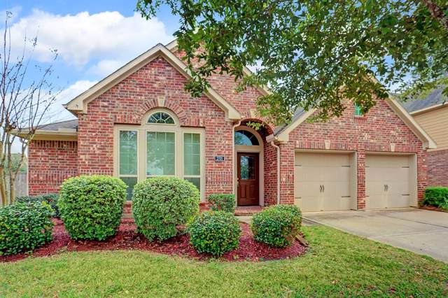 2701 Nightsong Drive, Pearland, TX 77584 (MLS #9210925) :: Christy Buck Team