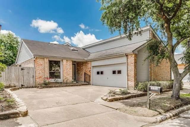 8511 Fawn Terrace Drive, Houston, TX 77071 (MLS #92114974) :: Caskey Realty