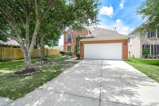 2914 Indigo Drive, Pearland, TX 77584 (MLS #92168091) :: The Bly Team