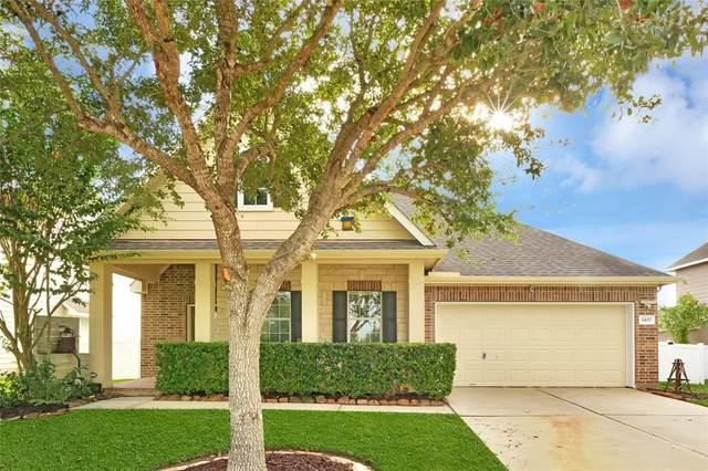 3407 Curley Maple Drive, Pearland, TX 77584 (MLS #92197441) :: Ellison Real Estate Team